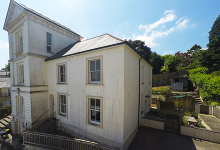 £230,000 - 4 Bedroom End-of-Terrace Period Property For Sale in Launceston area – click for details