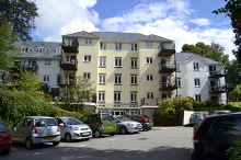 £95,000 - 1 Bedroom First Floor Retirement Apartment For Sale in Launceston area – click for details